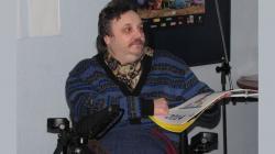 Jiří Flekna na křtu svého kalendáře kresleného humoru na rok 2014. Foto: Petr Novák