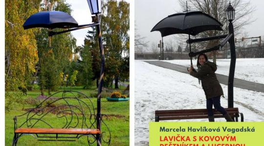 Marcela Havlíková Vagaská: Lavička s kovovým deštníkem a lucernou. Foto: Lucie Velichová