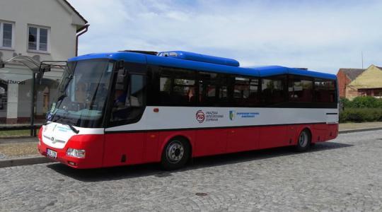 Autobusovou dopravu na Mnichovohradišťsku čekají výrazné změny. Ilustrační foto: obec Kněžmost